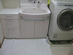 洗面化粧台クリーニング ステップ01