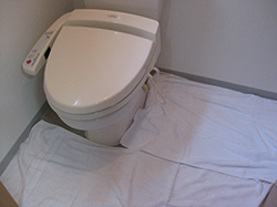 トイレクリーニング ステップ01