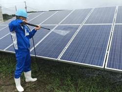 太陽光発電メンテナンス、モジュールパネル清掃